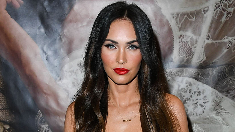 Who Gave Megan Fox The Right To Look So Hot At The BBMAs?