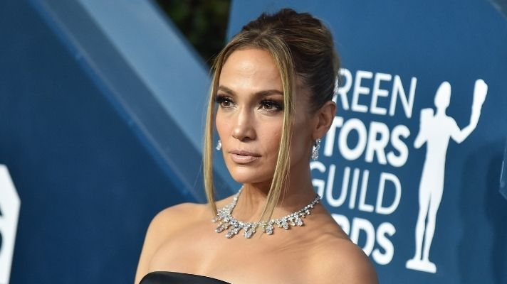 J.Lo Looks Ultra-Hot With Wet Hair In New Campaign Photos